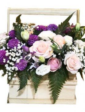 3 Roses in Wooden Basket