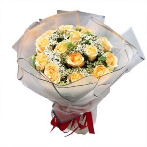 An elegance bunch of long stem yellow roses
